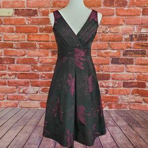 Sleeveless Dress Embroidered V-neck Elie Tahari